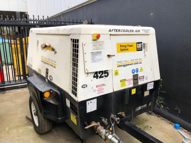 425 cfm USED SULLAIR DIESEL COMPRESSOR - UA1115